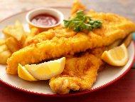 Рецепта Панирано филе от бяла риба треска в брашно, яйца и галета